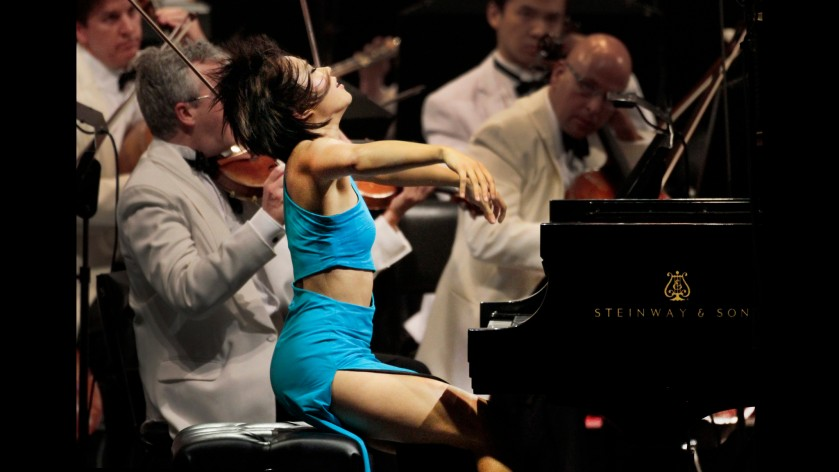 HOLLYWOOD, CA. JUL. 17, 2014.  Yuja Wang in Prokofiev's Piano Concerto No. 1 with Esa-Pekka Salonen conducting the LA Phil at the Hollywood Bowl in Hollywood on Jul. 17, 2014. Salonen returns and for the first time, performing with the popular pianist (and Bowl sensation) Yuja Wang. The program is early Shostakovich and Prokofiev.(Lawrence K. Ho/Los Angeles Times)